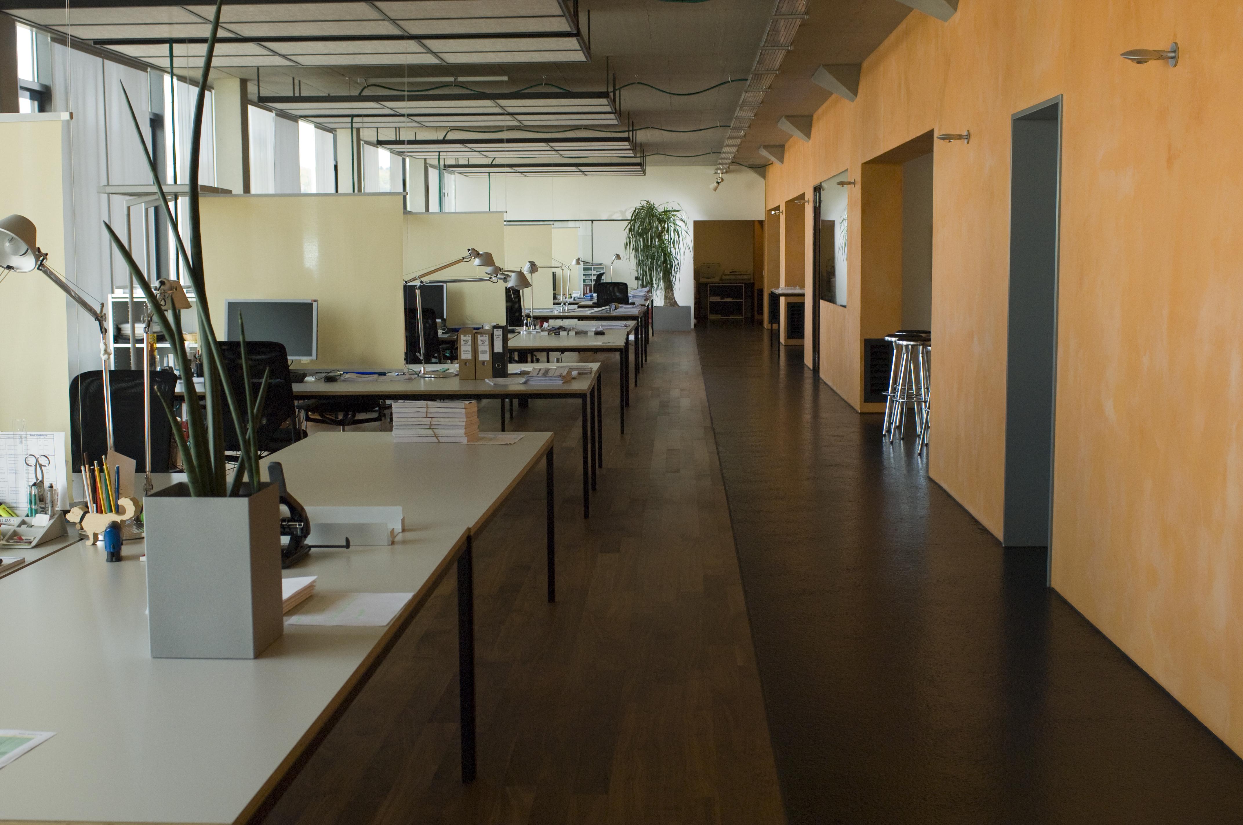 services steda reinigungs service. Black Bedroom Furniture Sets. Home Design Ideas